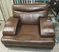 Barre leather chair